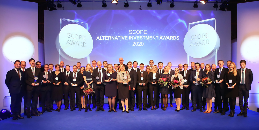 Die Gewinner der Scope Alternative Zertifikate Awards 2020 bei der Preisverleihung in Frankfurt am Main